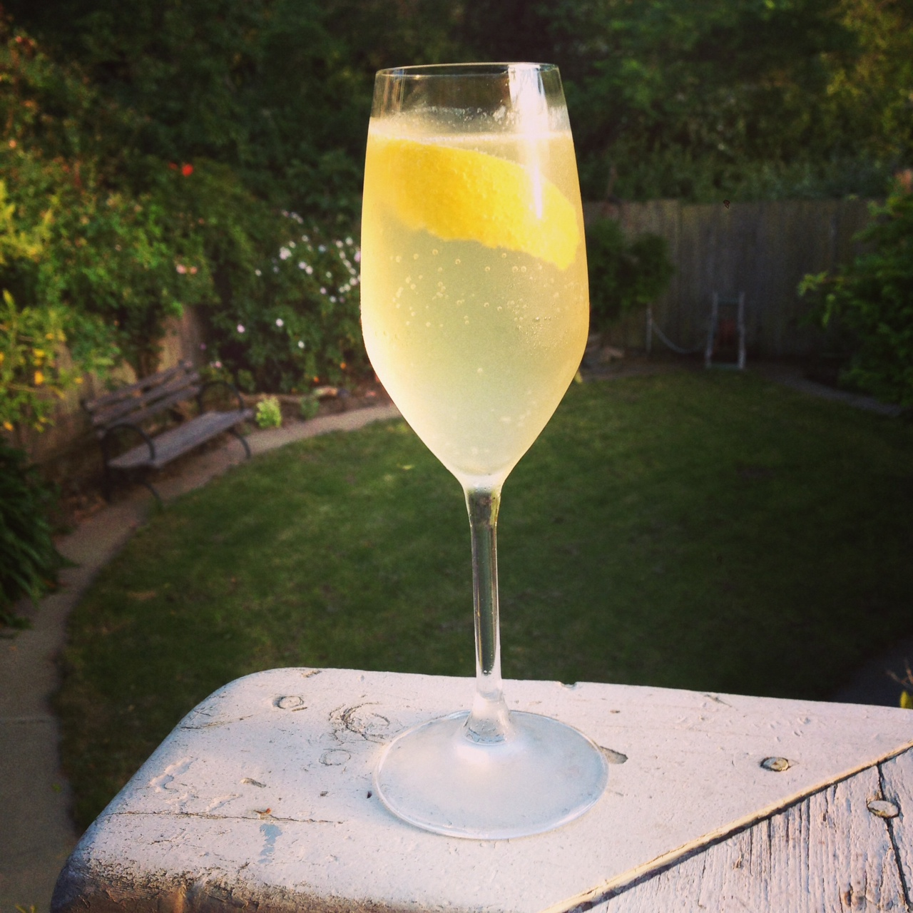 Cocktail Recipe: French 75 – Winelandia